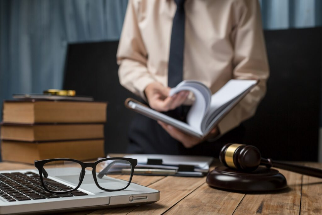 how to market a small law firm